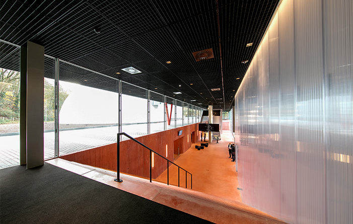Staco ceiling gratings for Museumplein Limburg